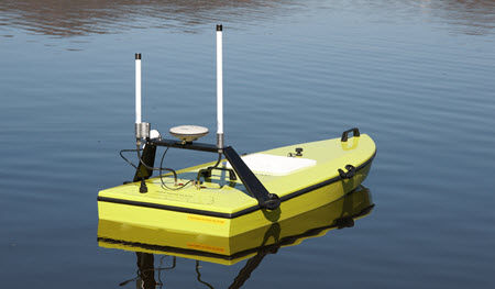 CEE_USV_drone_survey_boat