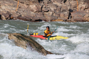 Bhutan_Kayak_Surveys_SM